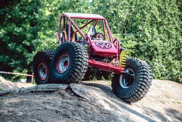 legendy_offroad_title-1.jpg